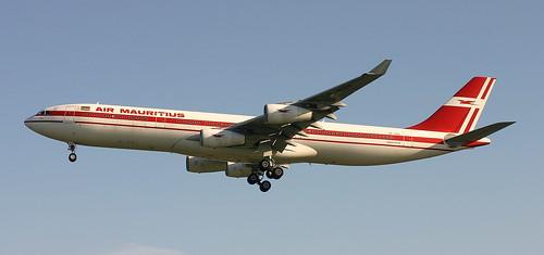 3B-NAV MAURITAUS A340-300