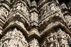 Low 2009-12-11 Udaipur - Jagdish Temple 03