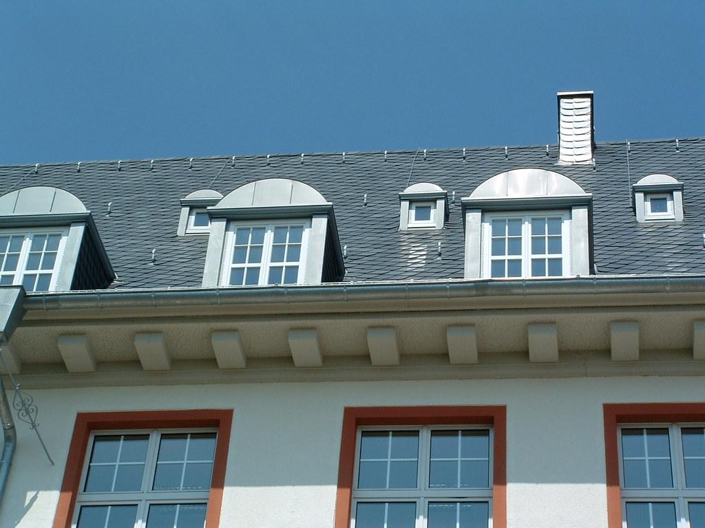 dach erneuern kosten dach erneuern haus dekoration dach. Black Bedroom Furniture Sets. Home Design Ideas