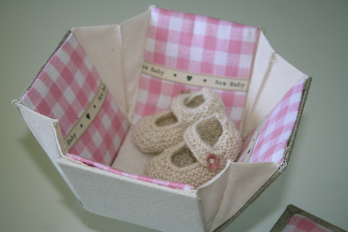 Baby Girl Etui with Alpaca Mary Jane Bootees