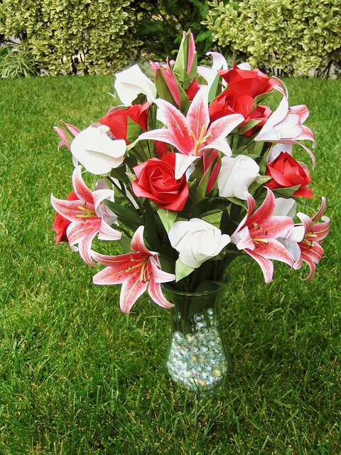 Stargazer Lilies And Roses