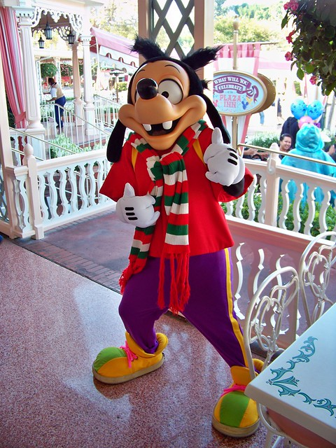 Max in holiday wear at Breakfast in the Park with Minnie & Friends at the Plaza Inn