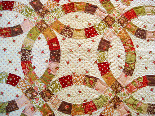 A Double Wedding Ring Quilt For A Doubly Lovely Couple Bella G