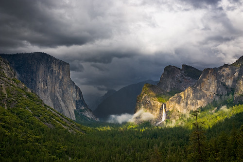 Valley View, Yosemite NP by John Lemieux