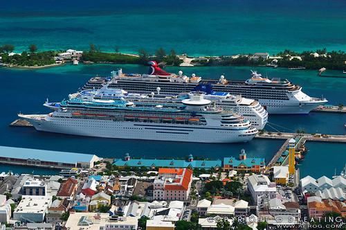 Cruise Ships, Nassau