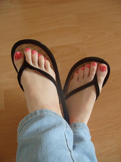 Sexy feet in flip flops photos 36
