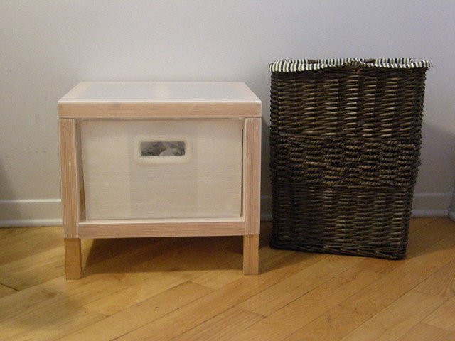 panier linge osier et petit meuble ikea 1 tiroir flickr photo sharing. Black Bedroom Furniture Sets. Home Design Ideas