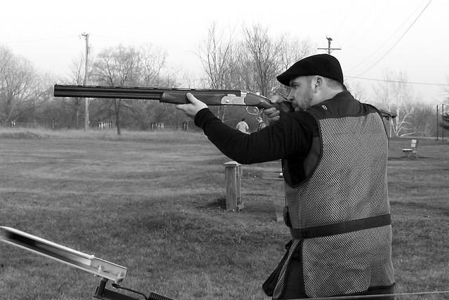 skeet shooting machine