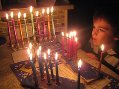 hanukkah(1.0), lighting(1.0),