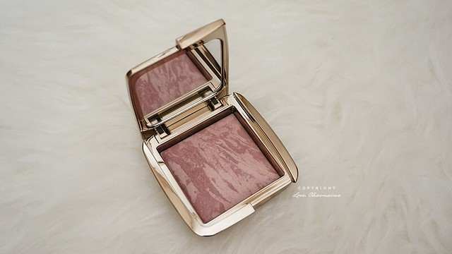 Hourglass Ambient Highlighting Blush in Mood Exposure