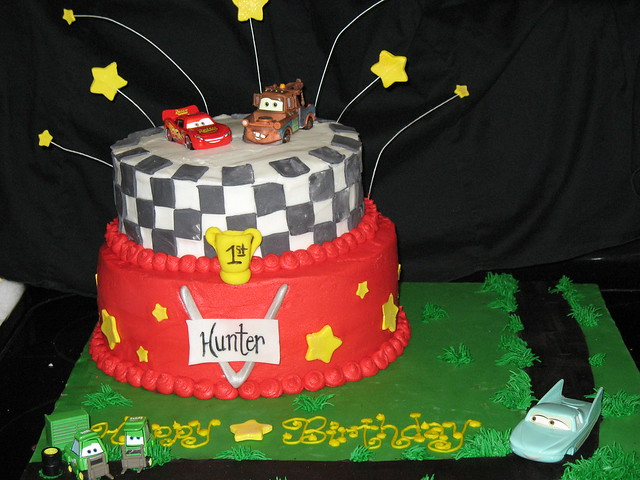 lightning mcqueen and mater fondant cakes