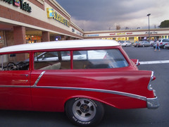 ford ranch wagon(0.0), compact car(0.0), chevrolet bel air(0.0), automobile(1.0), automotive exterior(1.0), 1957 chevrolet(1.0), vehicle(1.0), sedan(1.0), land vehicle(1.0),