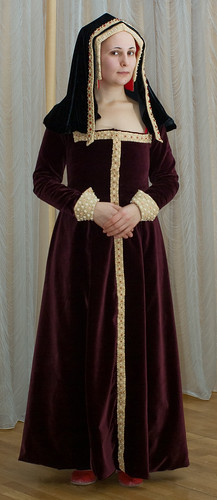 My early Tudor costume