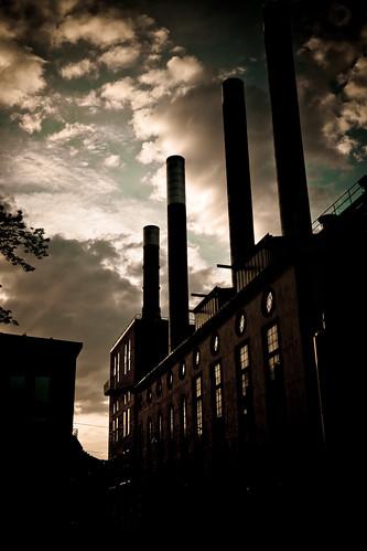 sunset norrköping värmekyrkan industrilandskapet