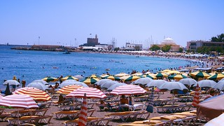 Έλλη (Elli Beach) Elli Beach Ródos 近く の画像. sea summer people beach swimming landscape greece rhodes 2009 sunbathing