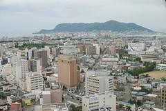 五稜郭タワーから函館山を眺める