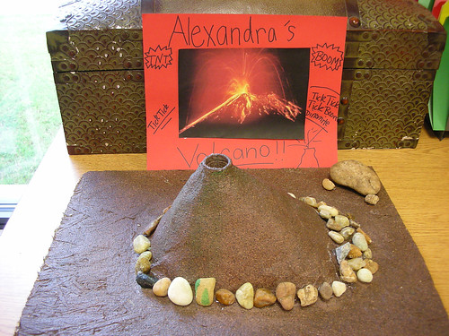 Science Projects: Volcanoes,Geysers, and Earthquakes