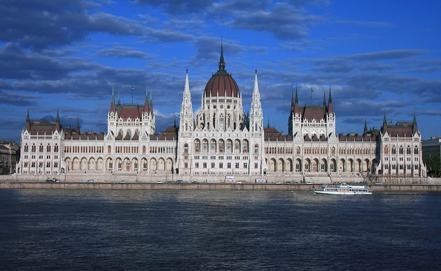 Parliament and the Danube, Budapest, Hungary - Flickr CC artorusrex