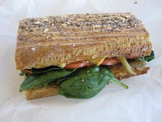 Custom Veggie Sandwich from Vitaemine