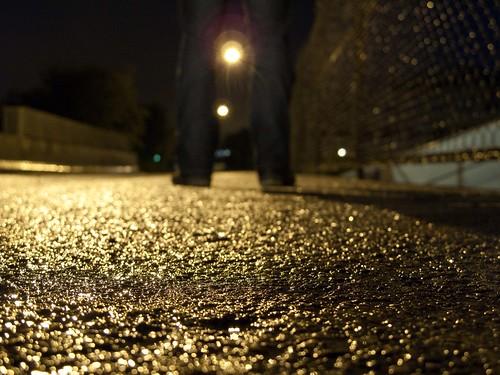 Wet asphalt by dubbelt_halvslag