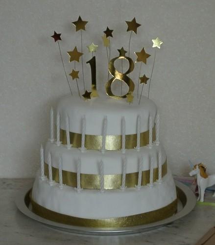 Golden Cake Ideas