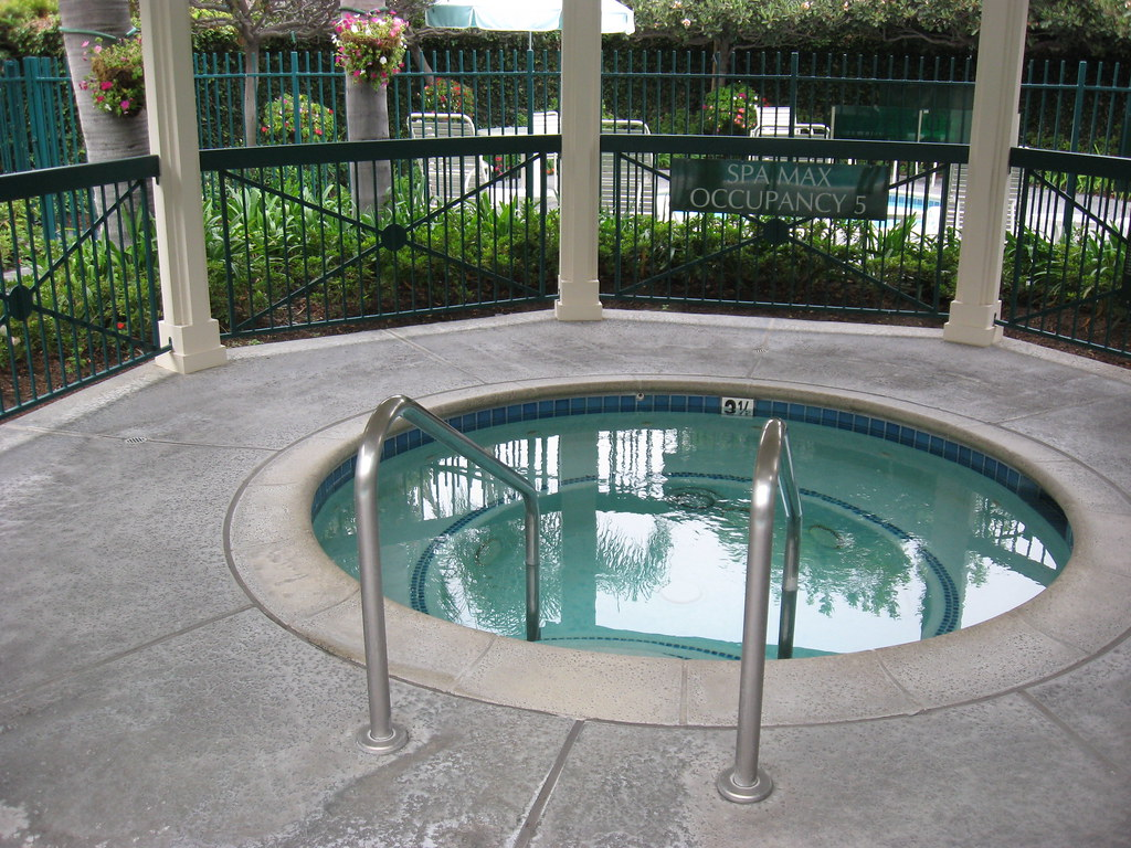 Candy Cane Inn Hot Tub
