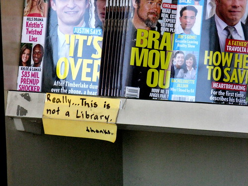 3971333636 293e42821d At the Qik Stop Library with Brad Pitt, Really