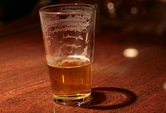 beer glass, pint glass, glass, drink, pint (us), beer, alcoholic beverage,