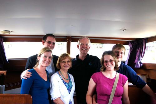 boat-family-01