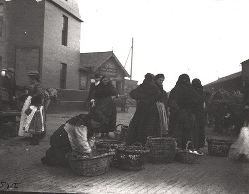 North Shields fishwives C.1900