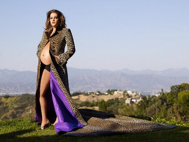 Lisa Marie Presley Pregnant PhotoShoot