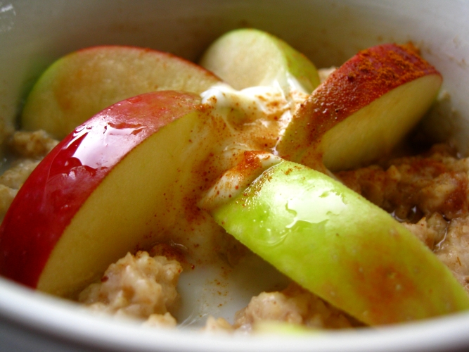 Fruity, spicy Oatmeal