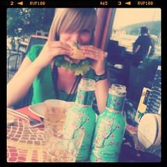 Die Bagel-@sirii4 und Arizona Green Tea.
