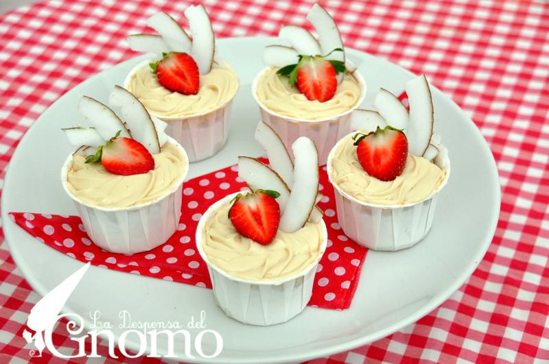 Progressive Cupcake And Cake Holder