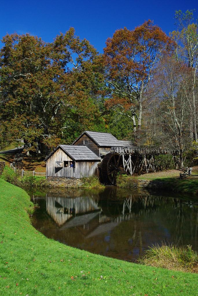 Hotels Near Mabry Mill Virginia