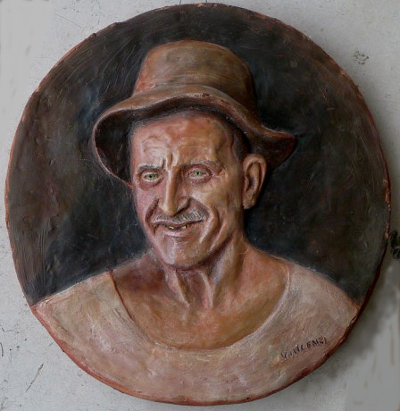 vecchio bassorilievo policromo