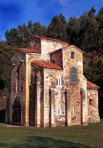 Oviedo spain organization of world heritage cities for Oficina de turismo oviedo