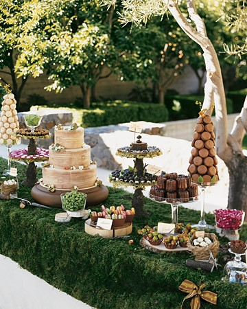 natural dessert table