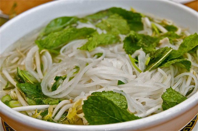 Rice+Noodle+Soup Vietnamese Chicken (rice) Noodle Soup | Flickr ...