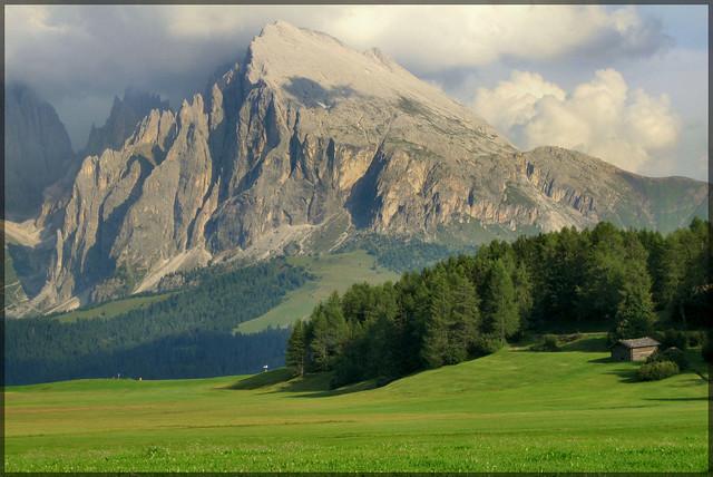 il prato e la montagna