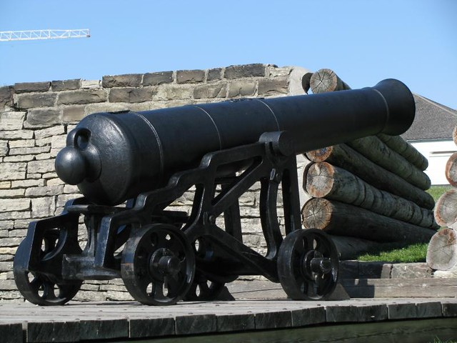 Fort York 20 - British - Iron 24 Pounder Cannon on a Cast Iron Garrison Carriage