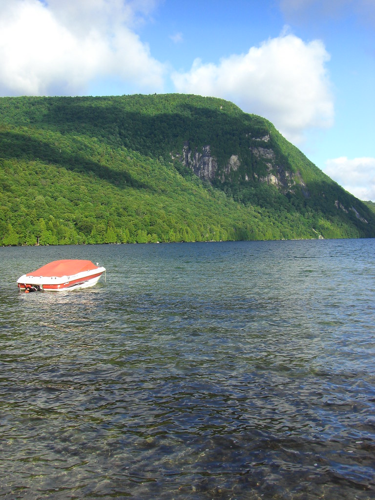 Marl pond vermont around guides for Lake willoughby cabins