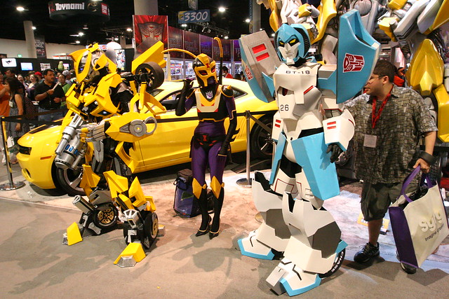 Movie Bumblebee, Black Arachnia and Original Design Mirage