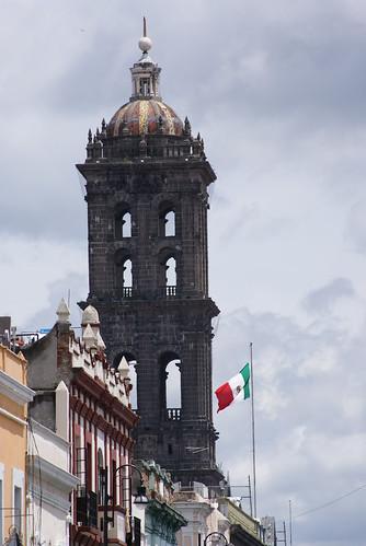 """DSC00077 15 de Septiembre Zócalo de la Ciudad de Puebla por LAE Manuel Vela """"Por la mañana"""""""