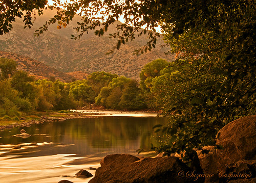 california trees mountains reflection nature water river landscape nikon rocks sierras d300 kernriver coth theperfectphotographer pioneerwomanaction dragondaggerphoto dragondaggeraward yourwonderland sailsevenseas