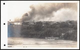 Nuevo Laredo burning