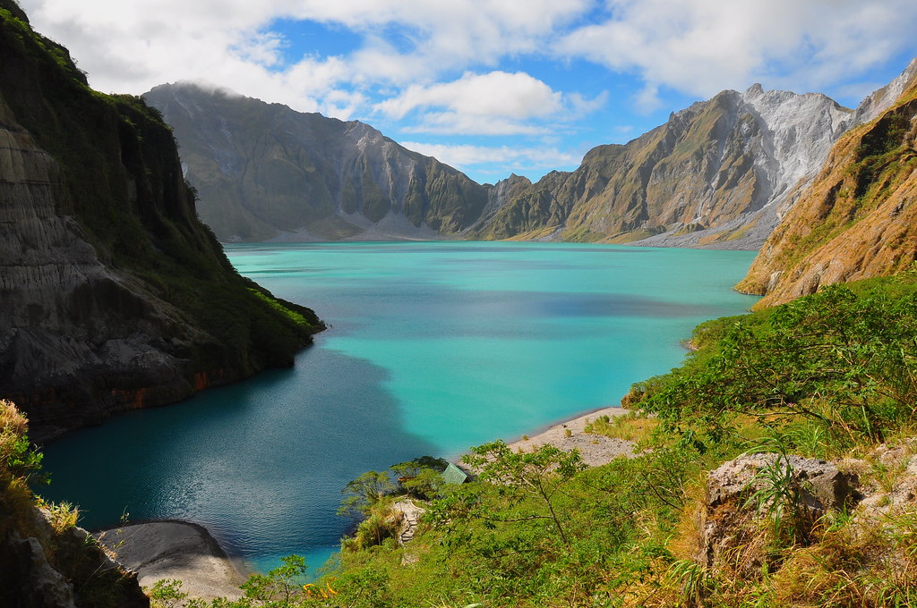 15 Of The Most Beautiful Crater Lakes In The World Twistedsifter
