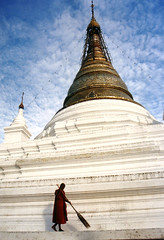 4270 A pagoda in Mandalay -- Myanmar