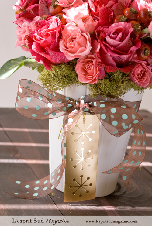 Pretty pink rose arrangement as a gift