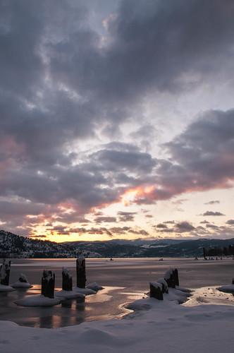 okiblanding okanagan okanaganlake sunrise snow